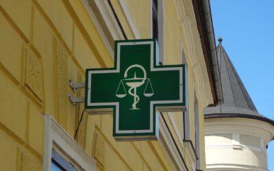Vaccini anti-Covid in farmacia: la Regione Lazio si prepara