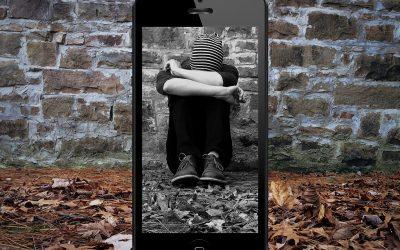 Cyberbullismo ai tempi del Covid-19: solitudine, paura e le risorse della famiglia